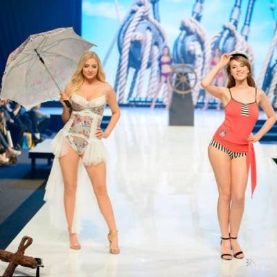 Pokaz mody dla magazynu Modna Bielizna